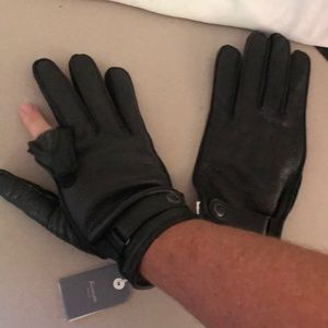 Faconnable mens leather gloves